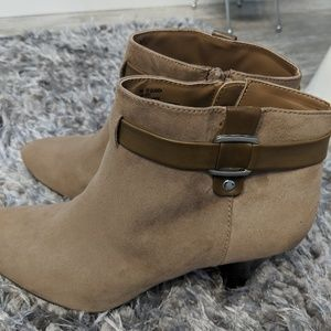East 5th tan suede 3 inch heel boots